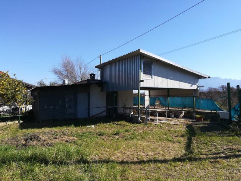 Rustico / Casale in vendita a Eboli, 2 locali, zona Località: Eboli, prezzo € 25.000 | CambioCasa.it
