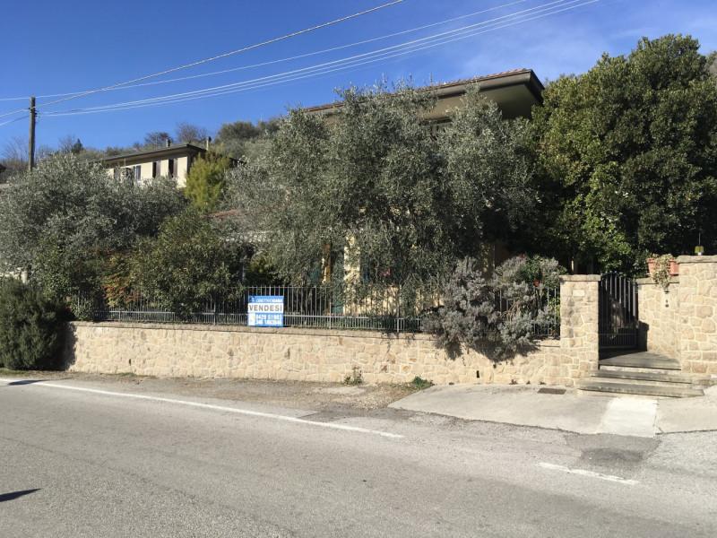 Casa Indipendente arredato in vendita Rif. 9612085