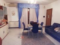 TAGLIO DI PO: Appartamento recente