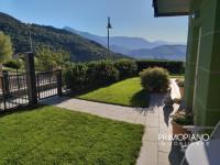 Prestigiosa villa a schiera con giardino in Klima Haus A