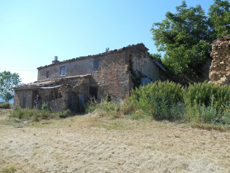 Rustico / Casale da ristrutturare in vendita Rif. 9820953