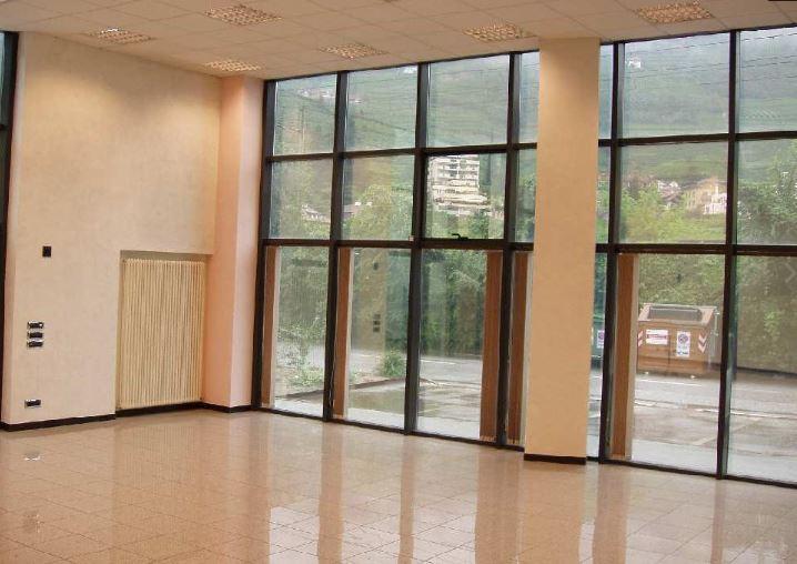 Magazzino - capannone in vendita Rif. 9703888