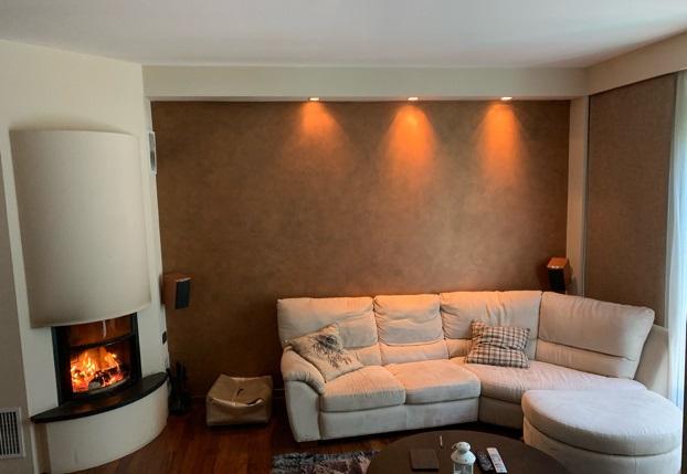 Appartamento in buone condizioni in vendita Rif. 9720376