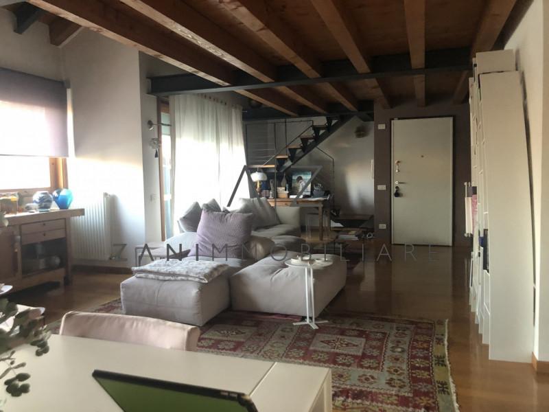 Appartamento in affitto a Castelfranco Veneto, 5 locali, zona Località: Castelfranco Veneto - Centro, prezzo € 1.200 | CambioCasa.it