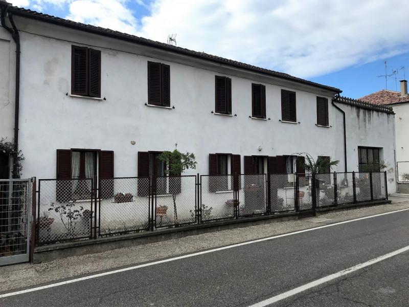 Appartamento ristrutturato in vendita Rif. 9910445