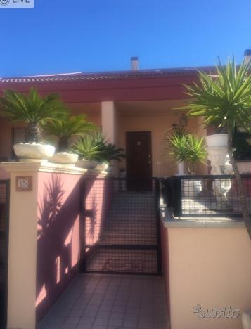 Villa in affitto a Montesilvano, 7 locali, zona Località: Montesilvano - Centro, prezzo € 265.000 | CambioCasa.it