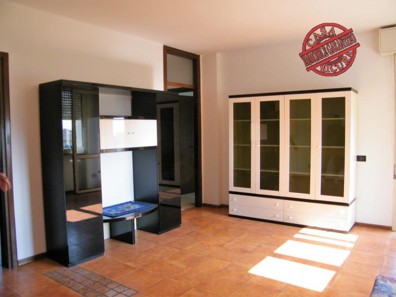 Appartamento in vendita a Longare, 3 locali, zona Località: Longare - Centro, prezzo € 79.000 | CambioCasa.it