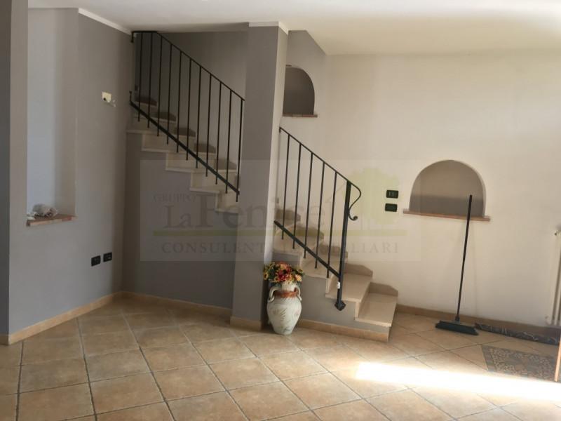 CASTEL GOFFREDO VILLA ANGOLARE. - https://media.gestionaleimmobiliare.it/foto/annunci/190412/1979786/800x800/014__e3b3f132-001c-4cfe-b25d-26e365328509_wmk_0.jpg