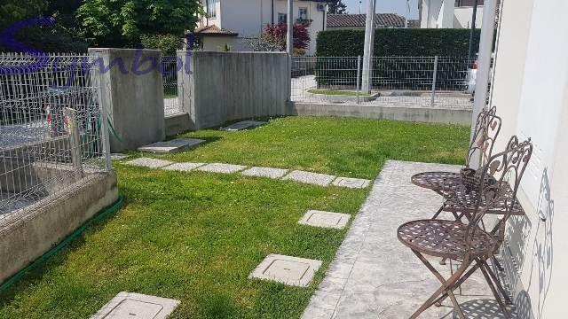Appartamento in ottime condizioni in vendita Rif. 10178142