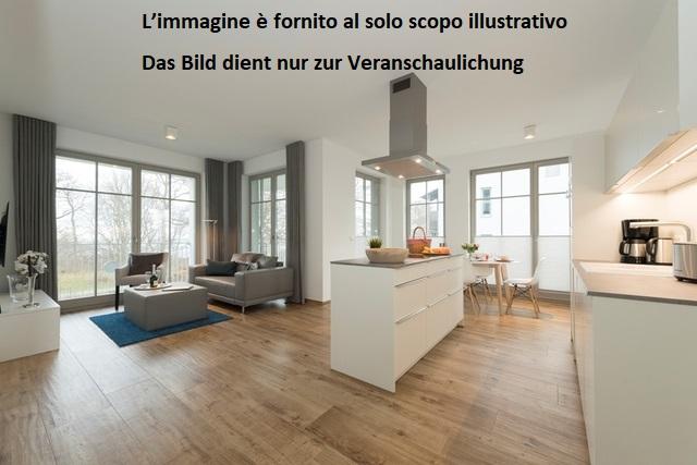 Gries, via Manci: Pentalocale con balcone, cantina e soffitta