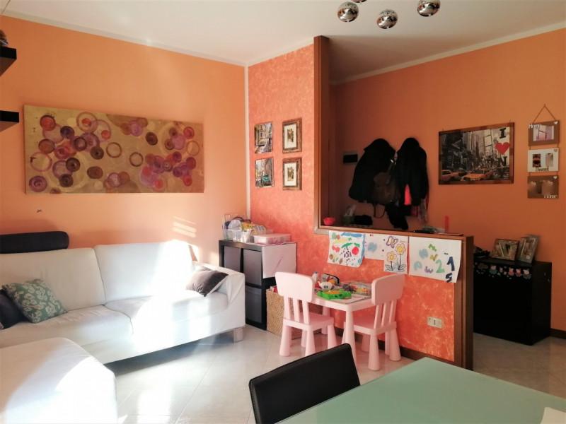 Appartamento in ottime condizioni in vendita Rif. 10174492