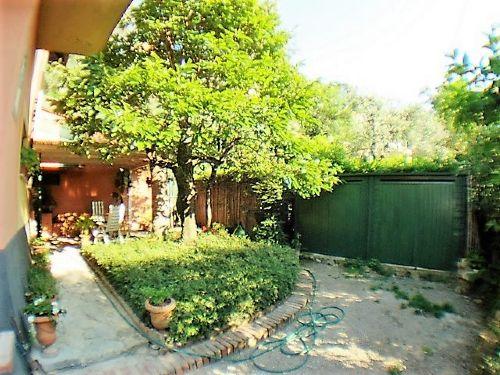 Appartamento in discrete condizioni in vendita Rif. 10174651