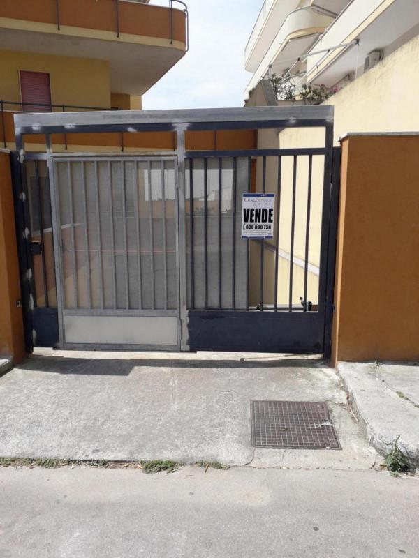 Box / Garage in vendita a Gallipoli, 1 locali, zona Località: Gallipoli, prezzo € 20.000 | CambioCasa.it