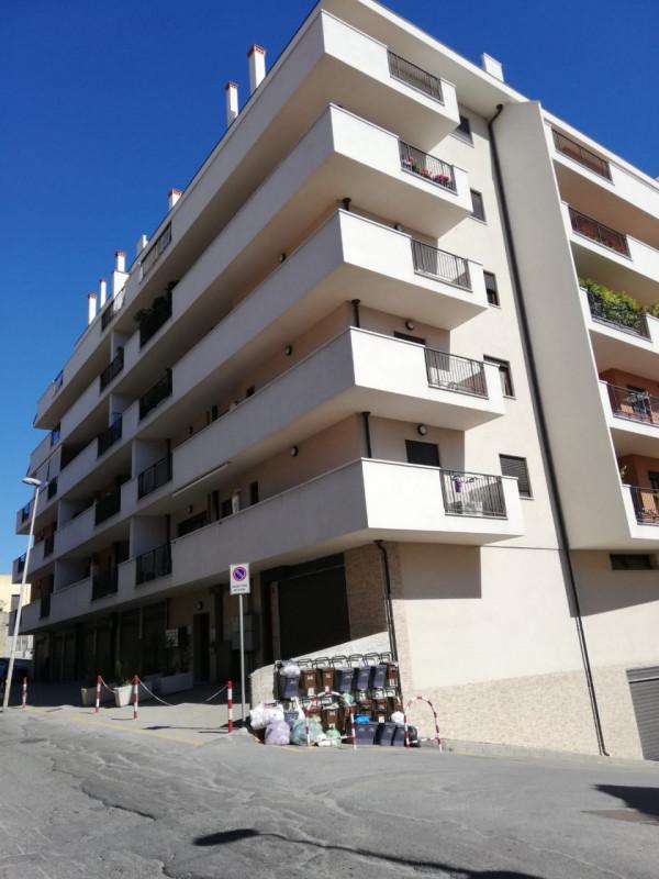 Appartamento in vendita a Reggio Calabria, 4 locali, zona Località: Reggio Calabria, Trattative riservate | CambioCasa.it
