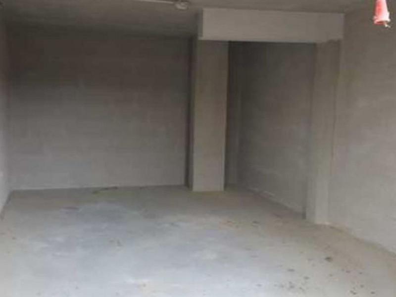 Box e posti auto in buone condizioni in vendita Rif. 10253673