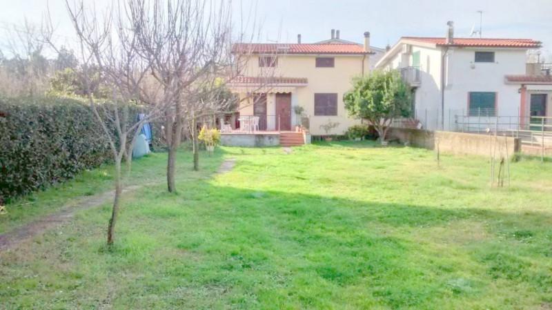 Villa in ottime condizioni in vendita Rif. 10325818