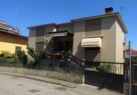 villa in vendita Sannazzaro Dè Burgondi foto 001__02.jpg