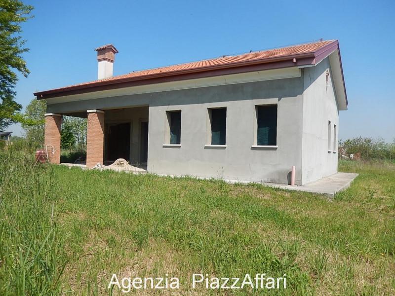 Casa Indipendente in vendita Rif. 10404016