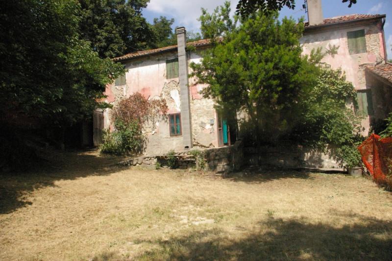 Rustico / Casale da ristrutturare in vendita Rif. 10471083