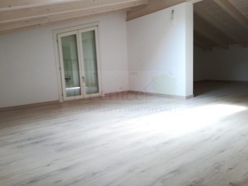 CASTEL GOFFREDO VILLA SINGOLA IN CLASSE A - https://media.gestionaleimmobiliare.it/foto/annunci/190614/2019908/800x800/022__alpha__6_wmk_0.jpg