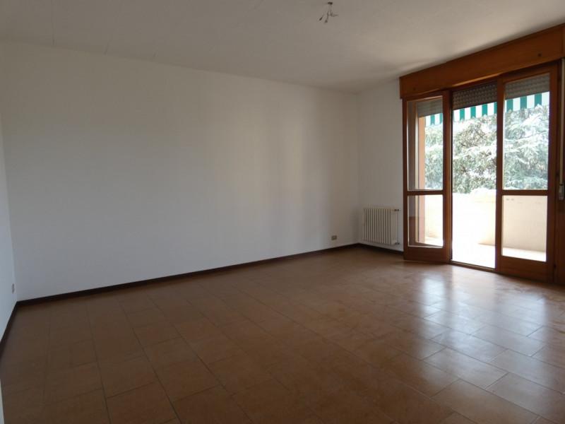 APPARTAMETO A SARMEOLA DI RUBANO PARZIALMENTE ARREDATO - https://media.gestionaleimmobiliare.it/foto/annunci/190618/2021978/800x800/003__p1030465.jpg