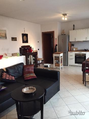 Duplex in buone condizioni arredato in vendita Rif. 10484385