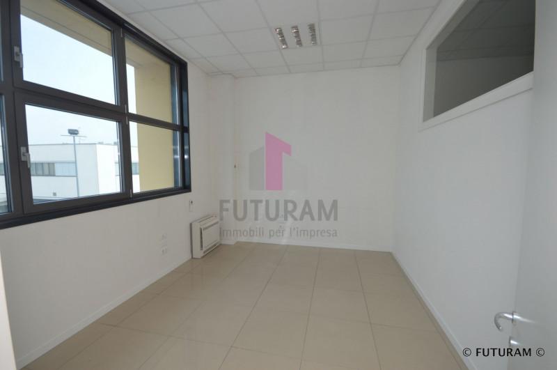 UFFICIO A TORRI DI QUARTESOLO - https://media.gestionaleimmobiliare.it/foto/annunci/190624/2024414/800x800/017__9h_risultato.jpg