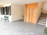 Appartamento 195 mq. comm.li + 2 garages