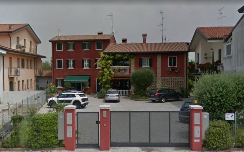 Villetta a schiera in ottime condizioni arredato in vendita Rif. 10694686