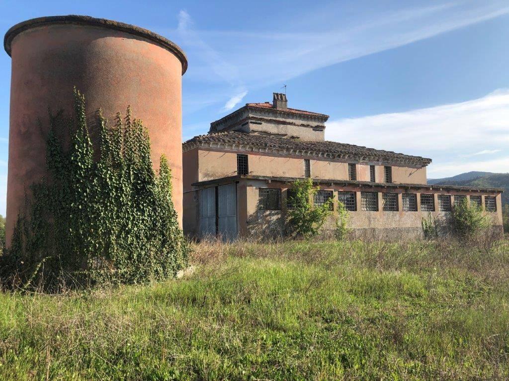 Capannone a Perugia