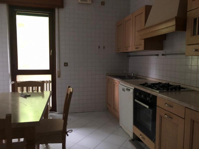 Appartamento con tre camere zona Forcellini - https://media.gestionaleimmobiliare.it/foto/annunci/190710/2030966/800x800/999__img_6055.jpg
