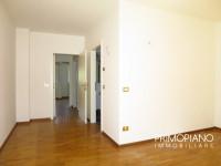 Grande appartamento 3 stanze con terrazza