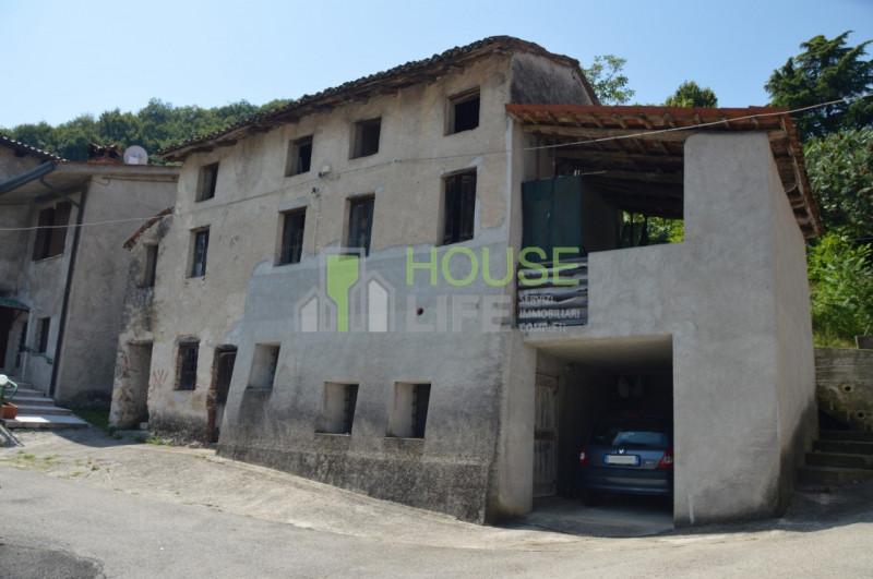 Rustico / Casale da ristrutturare in vendita Rif. 10793211