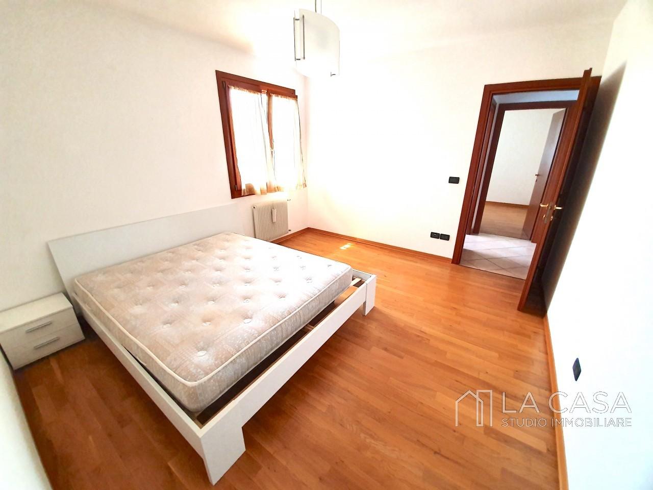Appartamento Tricamere in  vendita a San Giorgio delle Richinvelda - Rif. A26 https://media.gestionaleimmobiliare.it/foto/annunci/190730/2040920/1280x1280/006__20190722_160723_wmk_0.jpg