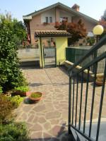 villa in vendita Sannazzaro Dè Burgondi foto 007__08.jpg
