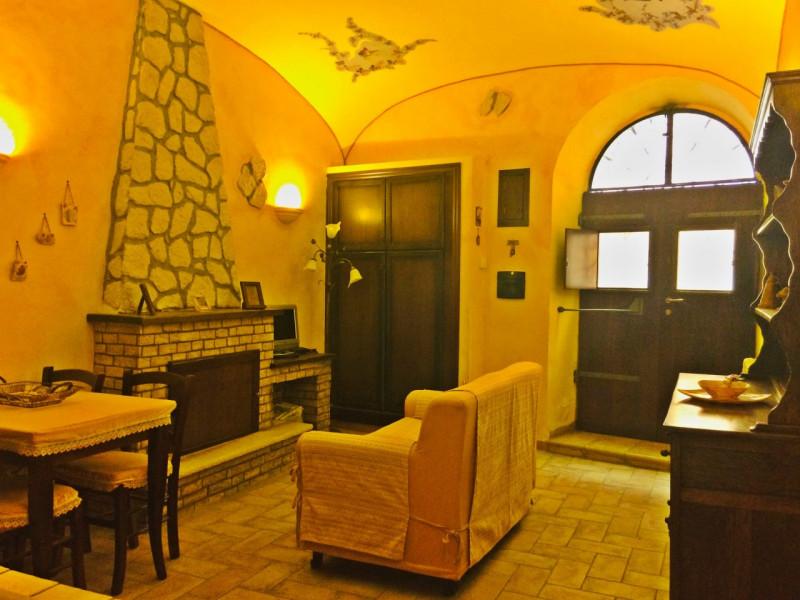 Appartamento in vendita a San Polo dei Cavalieri, 3 locali, zona Località: San Polo dei Cavalieri - Centro, prezzo € 55.000 | CambioCasa.it