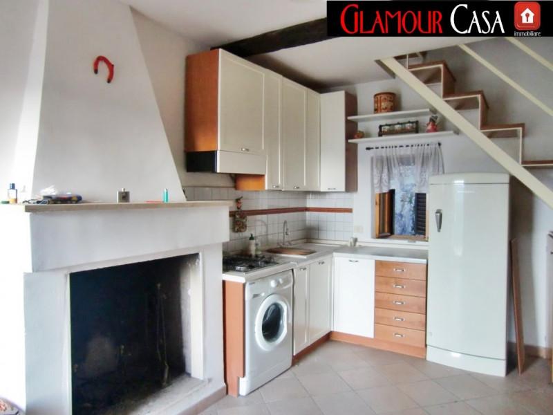 Appartamento in vendita a Castel Madama, 3 locali, zona Località: Castel Madama - Centro, prezzo € 54.000 | CambioCasa.it