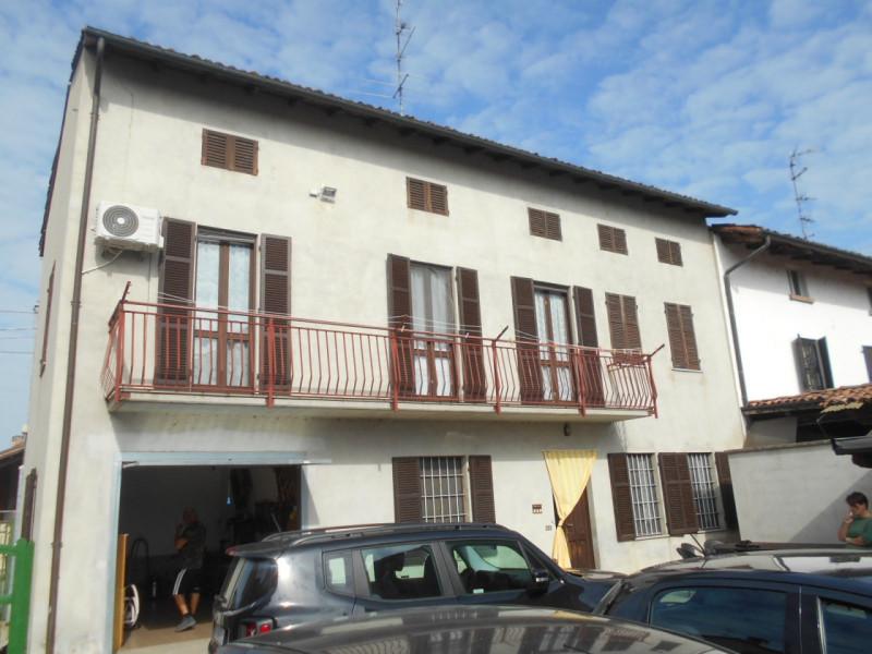 Villetta a schiera in ottime condizioni in vendita Rif. 11149266