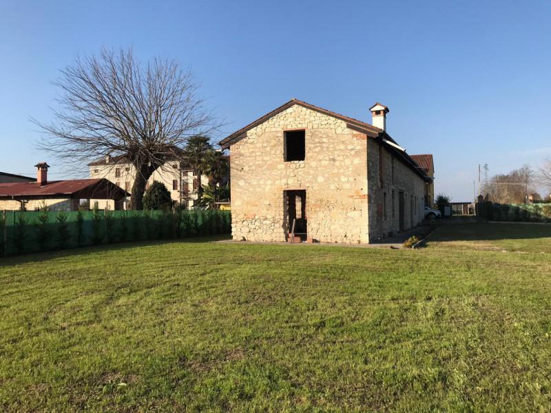 Rustico / Casale in vendita a Longare, 4 locali, zona Zona: Secula, prezzo € 148.000 | CambioCasa.it