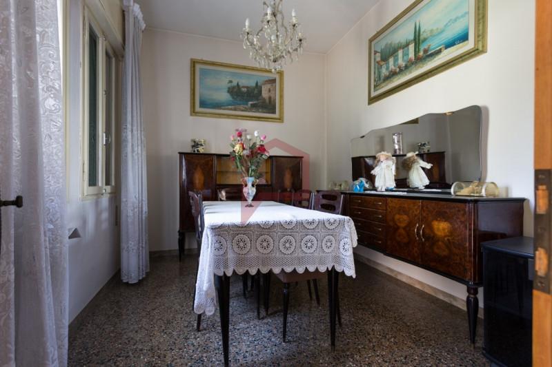 Appartamento da ristrutturare in vendita Rif. 11216500