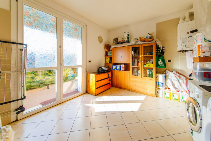 Casa Indipendente in ottime condizioni in vendita Rif. 11230015