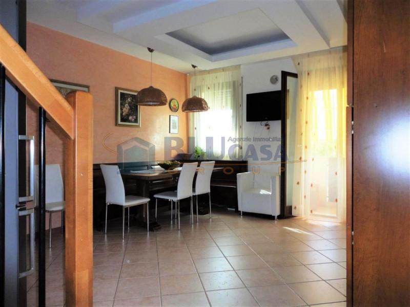 Duplex in buone condizioni in vendita Rif. 11274778