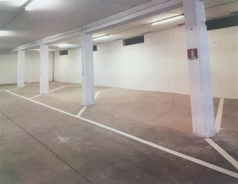 Box e posti auto in vendita Rif. 11274924