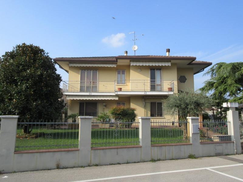 Casa Indipendente in buone condizioni in vendita Rif. 11298945