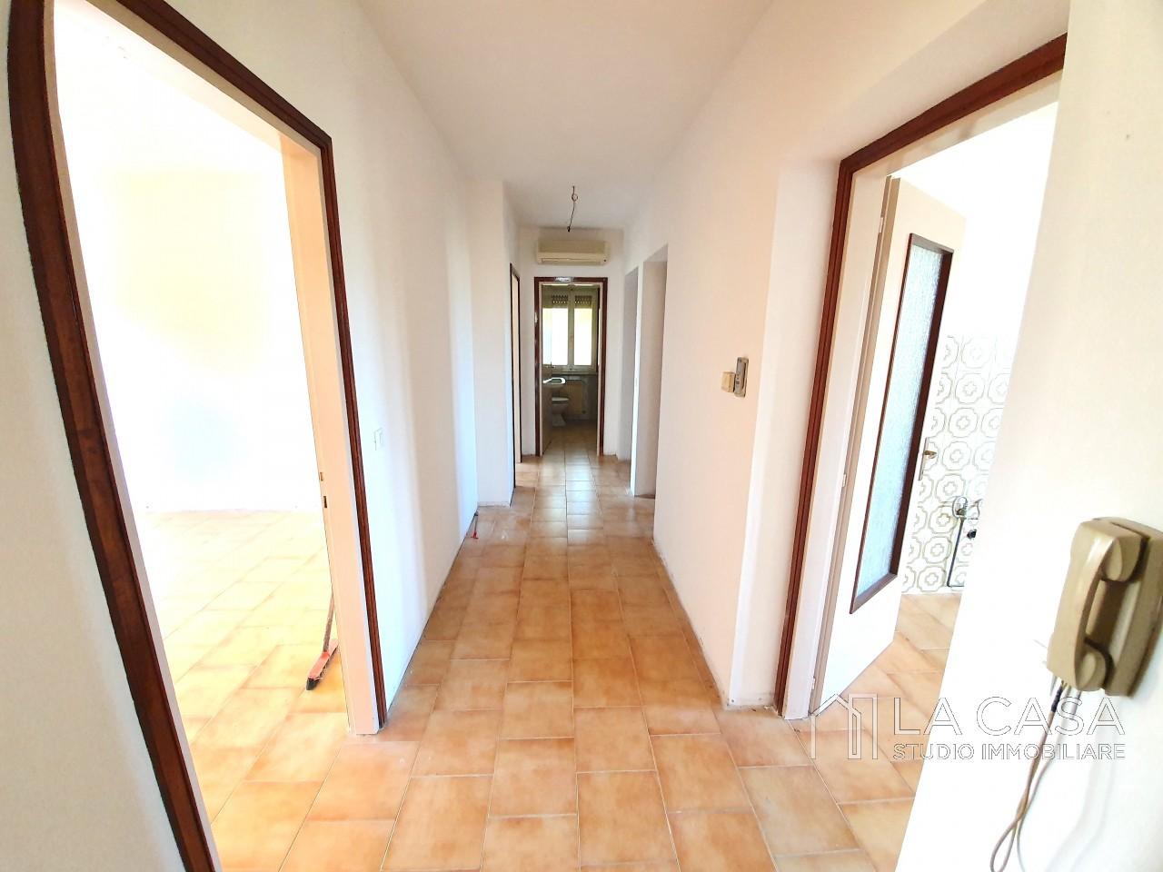 Appartamento Bicamere in Vendita a Casarsa della Delizia - Rif.A25 https://media.gestionaleimmobiliare.it/foto/annunci/191018/2085019/1280x1280/005__20191017_164704_wmk_0.jpg