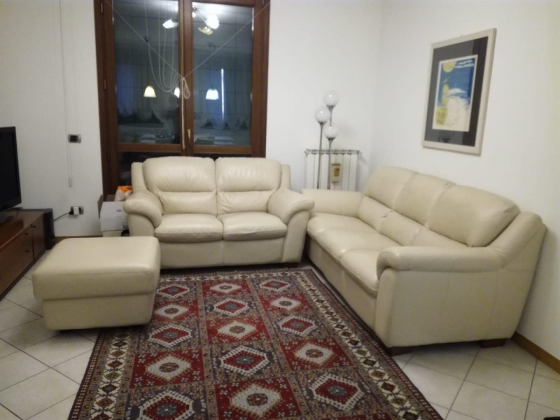 Appartamento in vendita a Vicenza, 3 locali, zona Zona: Centro storico, prezzo € 75.000 | CambioCasa.it