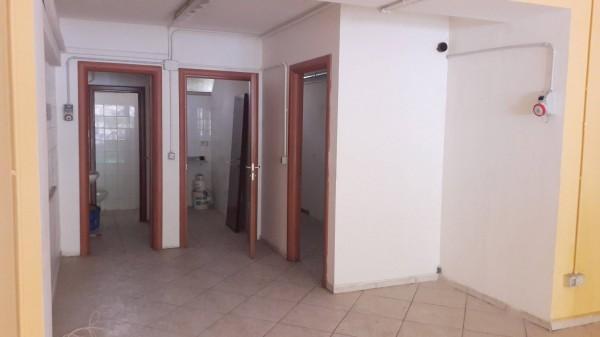 Attività commerciale in buone condizioni in vendita Rif. 11657282