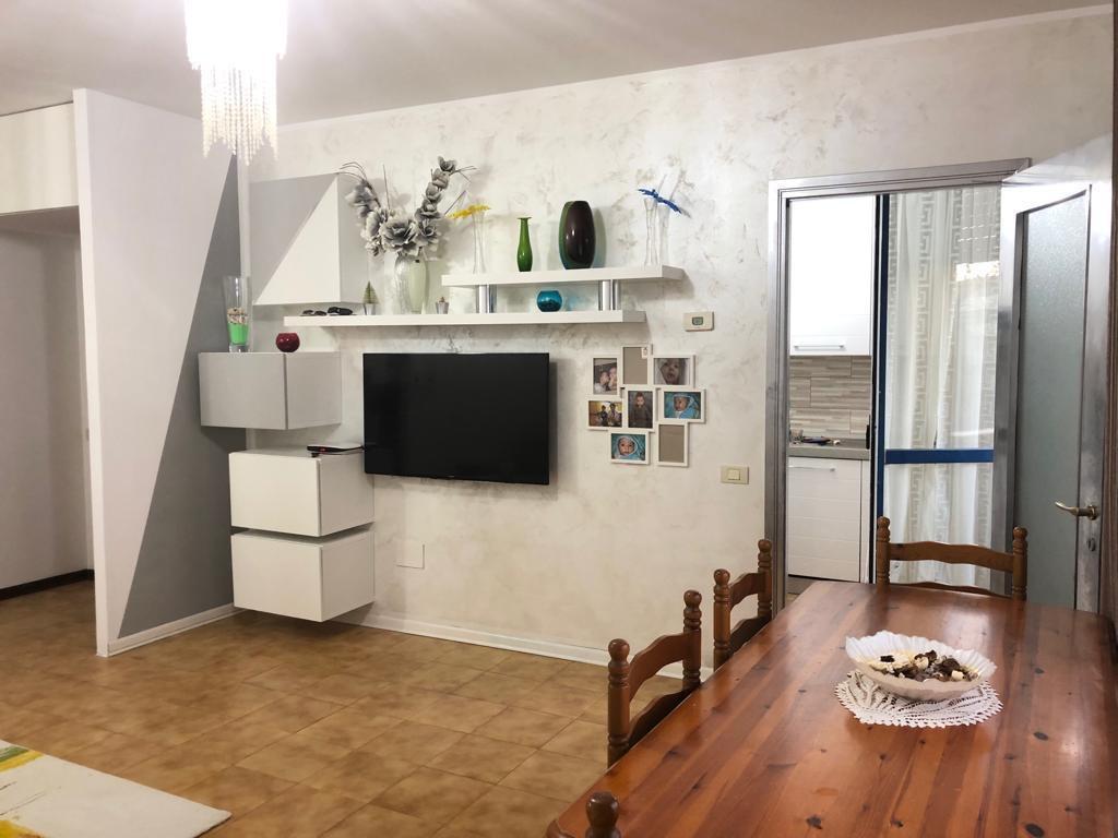 Mejaniga 3 camere e cucina separata for Eminflex singolo a 79 euro