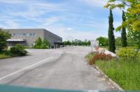 Capannone 10.600 mq + 1700 uffici a due passi da casello A4.