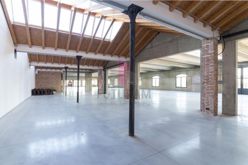 Capannone in affitto a Bolzano Vicentino - https://media.gestionaleimmobiliare.it/foto/annunci/191126/2114983/800x800/005__6_risultato.jpg